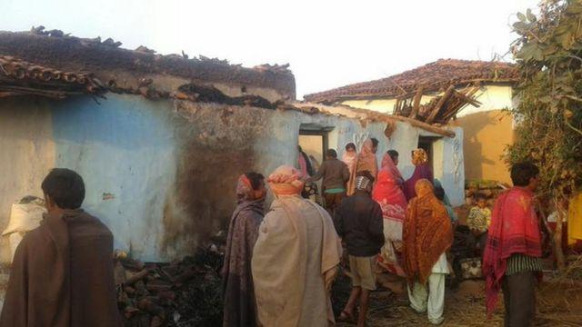 झारखंड में जलाया गया दलित परिवार का घर