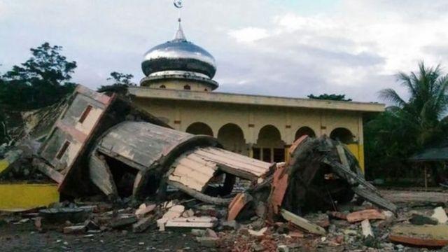 Plusieurs mosquées ont été détruites par le séisme