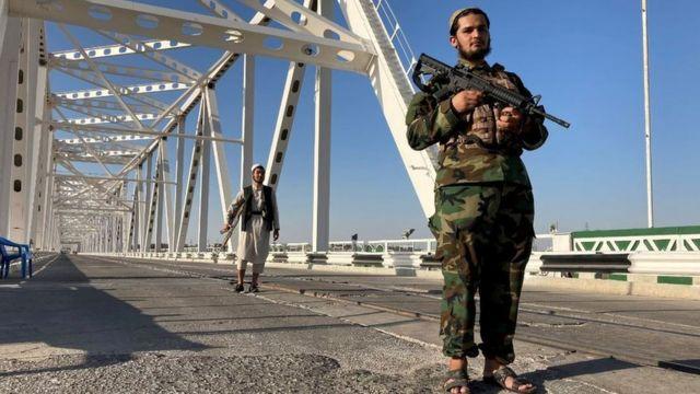 Талибы в Хайратоне