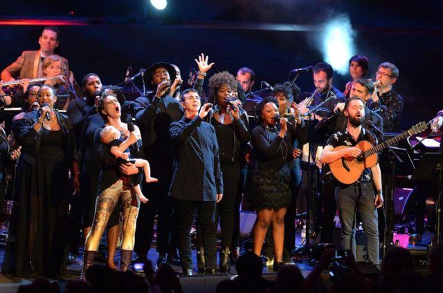 Финал концерта музыки Боуи на Промс