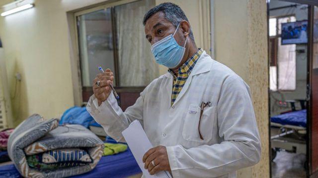 قاسم ورش، كبير الممرضين في مركز إعادة التأهيل الرئيسي في العراق