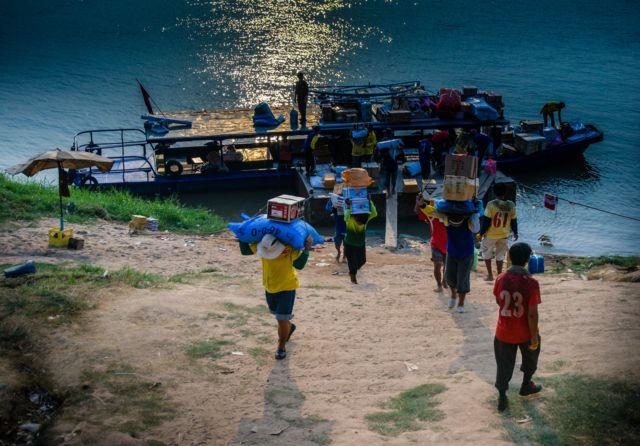 Mekong không chỉ là nguồn nước mà còn gắn với cuộc sống của cư dân ven bờ.
