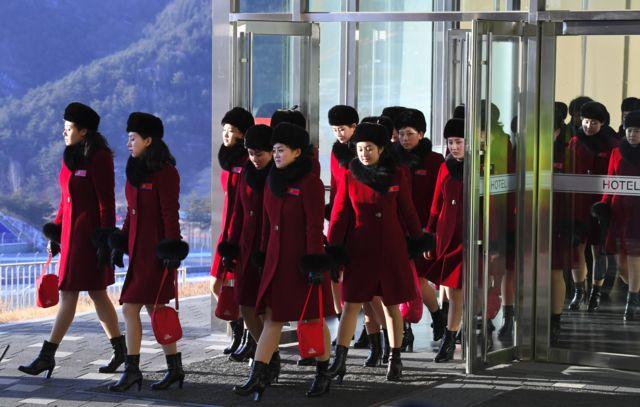 بیش از ۲۰۰ زن از کره شمالی برای تشویق ورزشکاران این کشور به کره جنوبی آمدند
