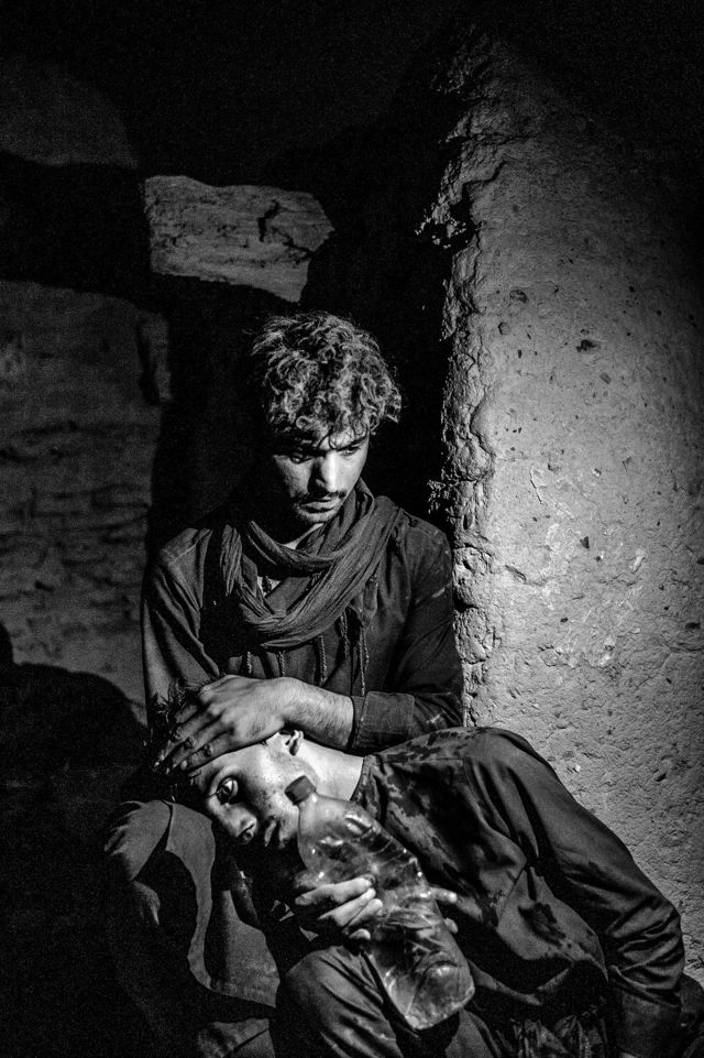 ইরান সীমান্ত অতিক্রম করতে যাওয়া আফগান শরণার্থী