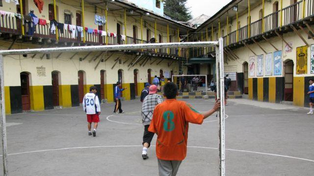 Patio central de la prisión de San Pedro.