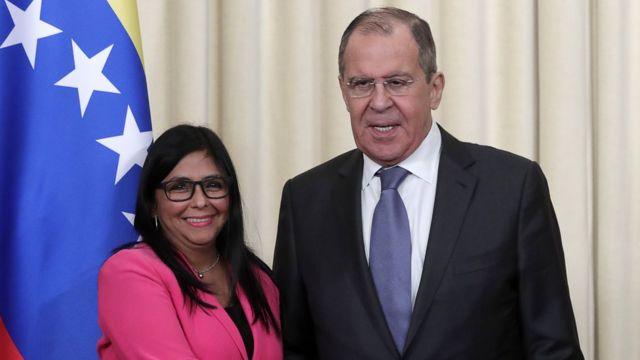 Delcy Rodríguez y Sergei Lavrov.