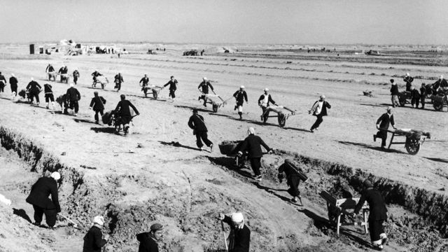Çində işçilər