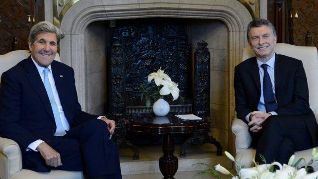 John Kerry y Mauricio Macri