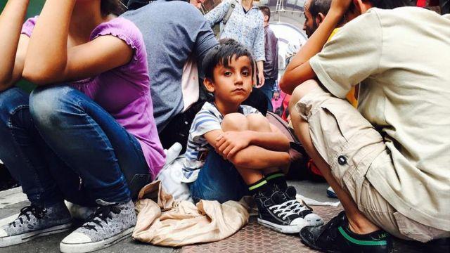 Child at Keleti station. 3 Sept