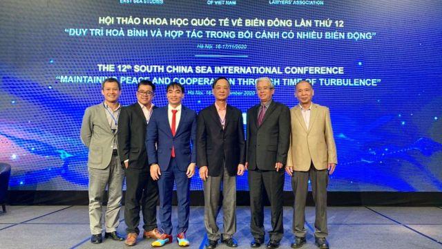 Nhà nghiên cứu Biển Đông Hoàng Việt cùng các nhà khoa học Việt Nam và quốc tế tại hội thảo Biển Đông từ 16-17/11/2020 tại Hà Nội