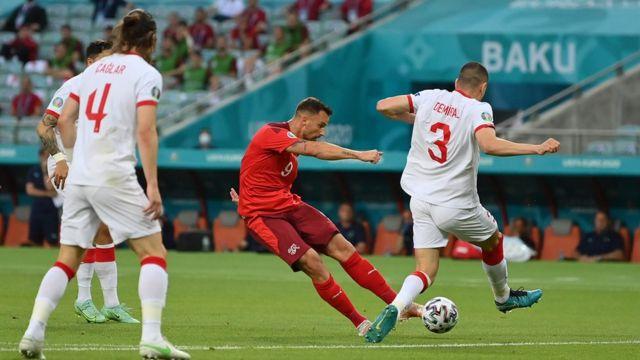 Seferoviç'in gol vuruşu