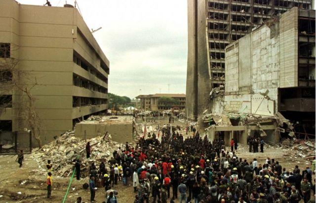 سفارتخانه آمریکا در نایروبی بعد از انفجار بمب