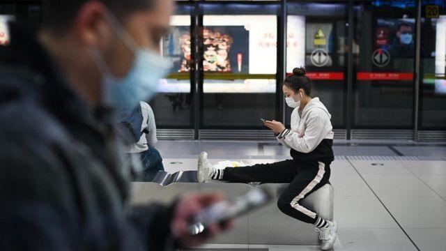 Ngay khi Covid-19 bùng phát, mọi người bắt đầu tải video lên Douyin và WeChat như một cách để đối phó với đại dịch.