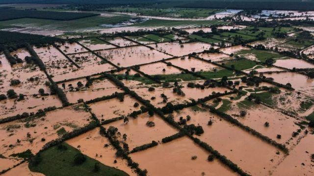 Puerto Barrios inundado