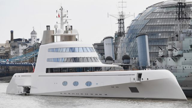 Motor Yacht A on Thames in London, Sept 2016