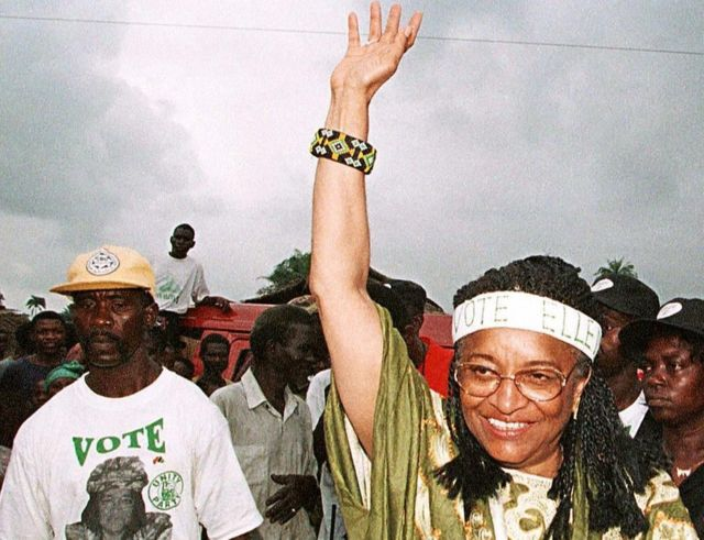 Ellen Johnson Sirleaf en la campaña electoral de 1997 en Liberia.