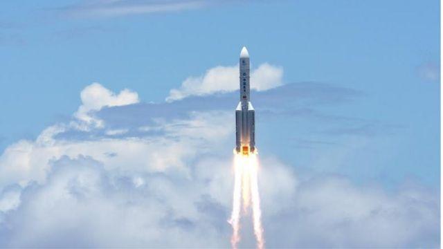 """去年7月23日發射長征五號運載火箭將""""天問一號""""送入太空,經過7個月飛行,""""天問一號""""已抵達火星軌道"""