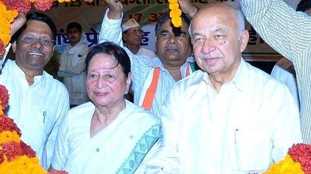 मोहसिना किदवई, सुशील कुमार शिंदे