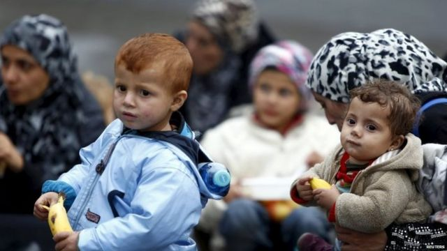 Migrant crisis: Germans restrict entry points from Austria