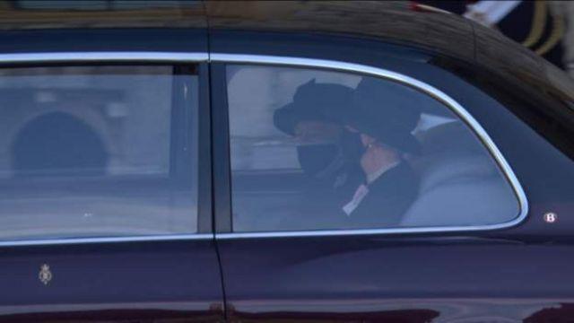 Королева Елизавета II прибыла на похороны своего супруга