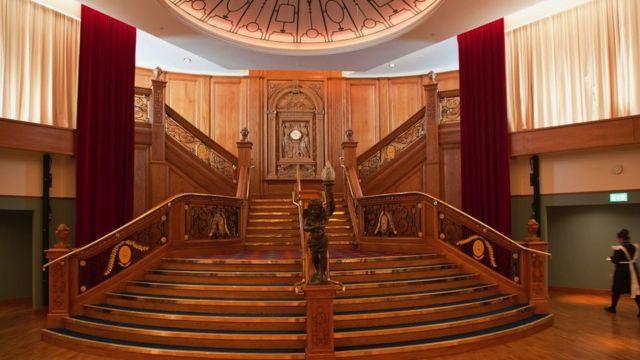 Réplica de las escaleras del salón de banquete en Irlanda del Norte.