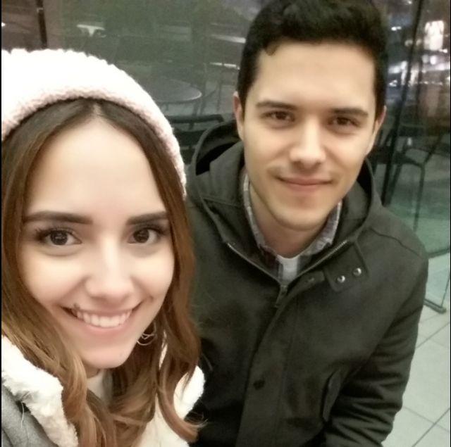 María y su hermano Josué.
