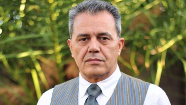 جمشید شارمهد رییس رادیو تندر متعلق به انجمن پادشاهی ایران است