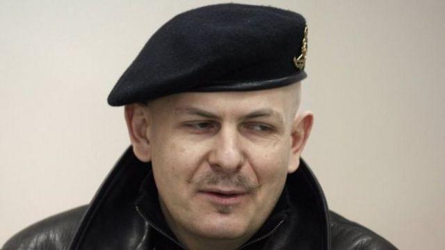 Олесь Бузинди 2015-жылдын 16-апрелинде Киевдин борбордук бөлүгүндөгү үйүнүн жанынан атып кетишкен.