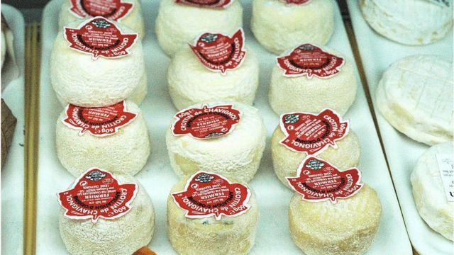 Quesos franceses hechos con leche de cabra