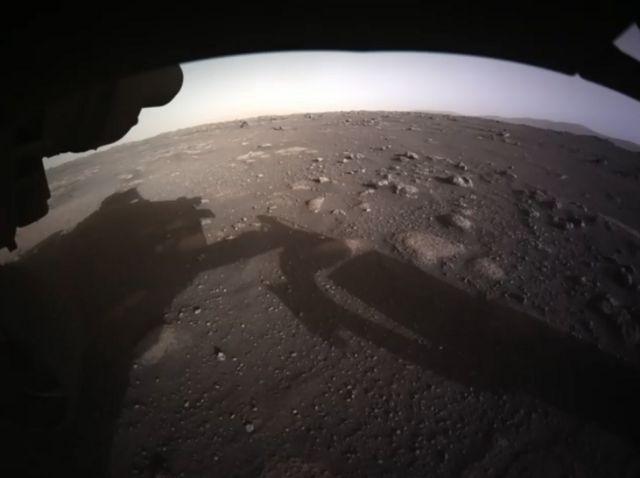 Foto a color de Marte enviada por el Perseverance.