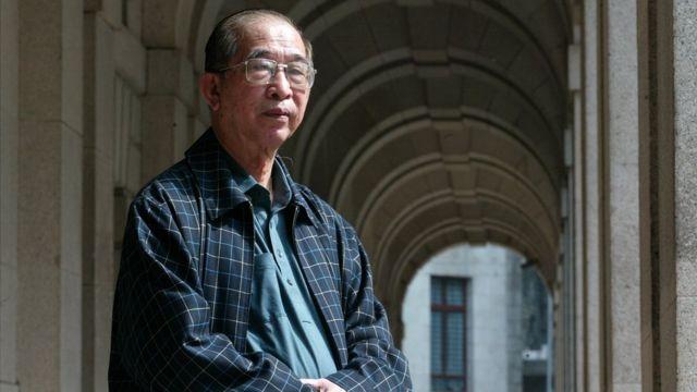 """司徒華是香港教協的創始主席,同時也是每年舉辦「六四」紀念晚會""""支聯會""""的創始主席。"""