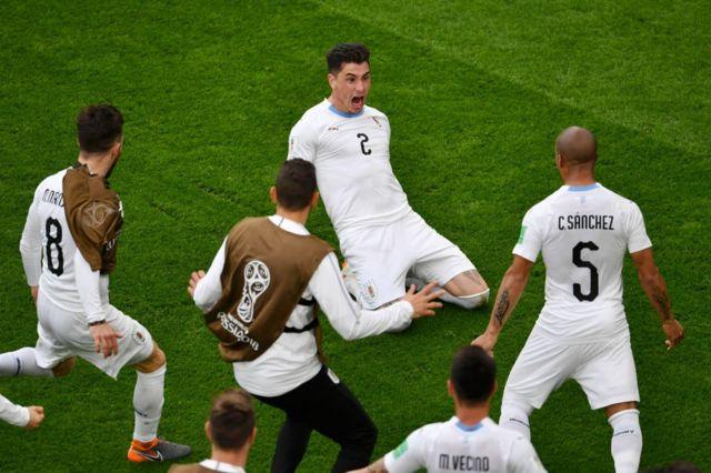 José María Giménez grita su gol.