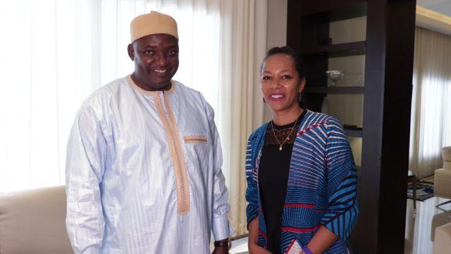 Adama Barrow a répondu aux questions de Clarisse Fortuné de BBC Afrique sur les priorités de son gouvernement, du sort des réfugiés...