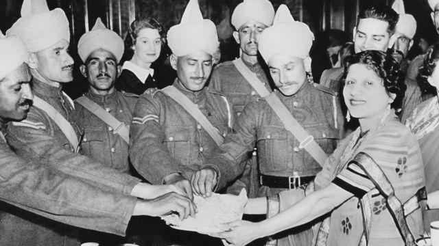 Quân Anh - Ấn