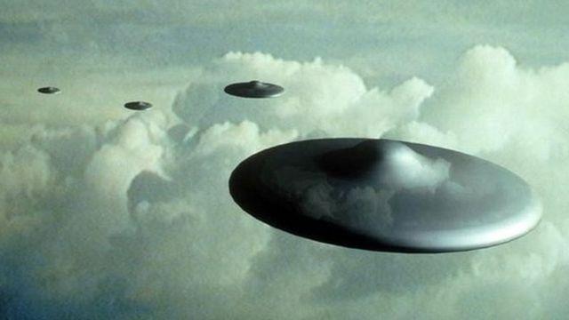 アイルランド沖にUFO出現か 航空当局が調査 - BBCニュース
