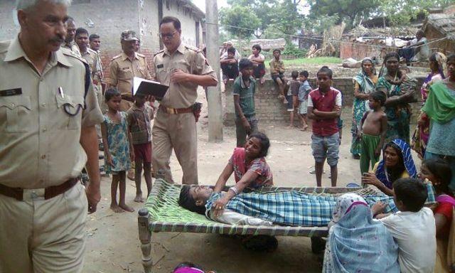 Kematian warga akibat mengonsumsi miras oplosan kerap terjadi di daerah terpencil di India.
