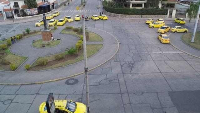 Huelga de taxis en Ecuador