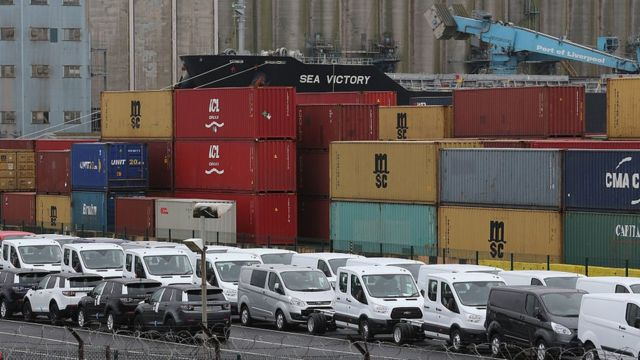 Manufacturing exports boosted by pound