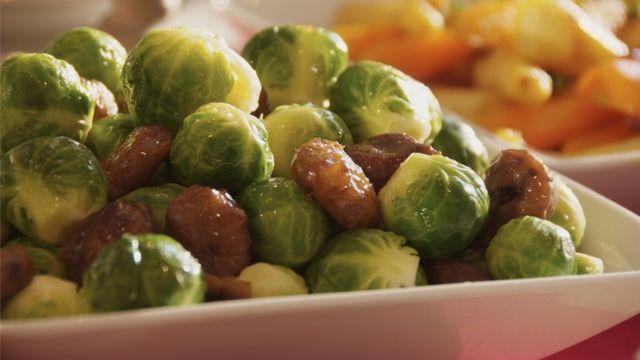 Блюдо с брюссельской капустой