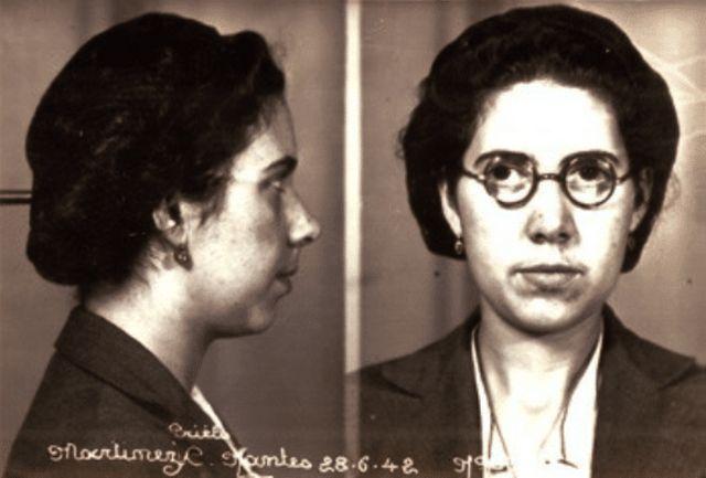 Ficha policial de Costanza Martínez Prieto al ser detenida en Nantes en 1942.