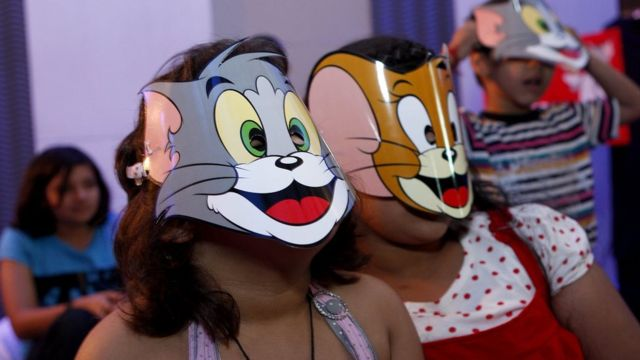 Children in Tom and Jerry masks