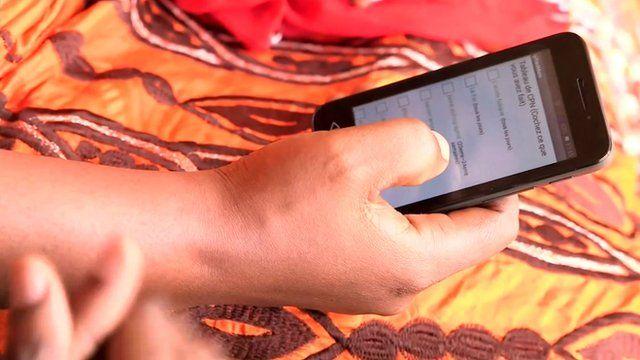 Woman using the pregnancy app