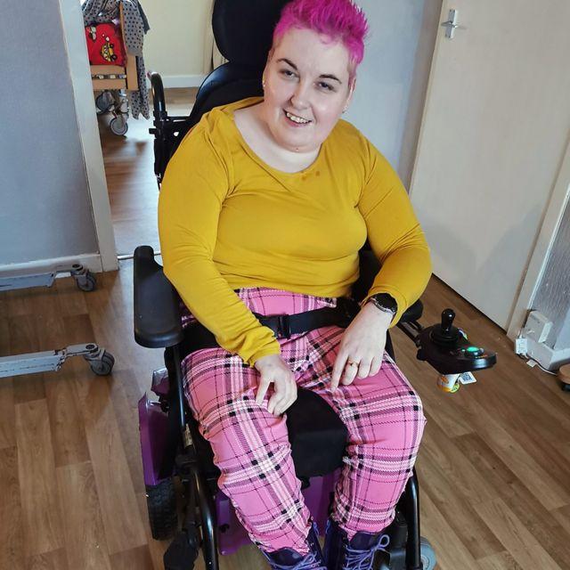 حق انتخاب لباس برای افراد معلول
