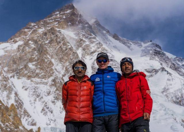 Dari kiri ke kanan: Ali Sadbara, John Snorri, dan Sajid Sadbara