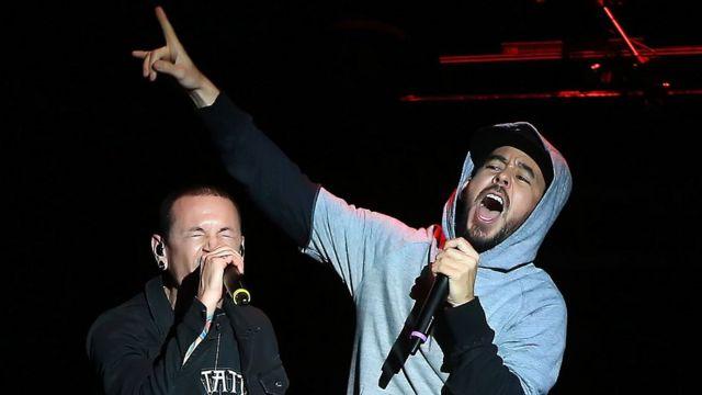 Mike Shinoda y Bennington en concierto.