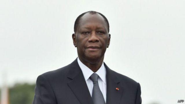 """Le président ivoirien Alassane Ouattara dénonce des """"informations fallacieuses"""" visant le franc CFA."""