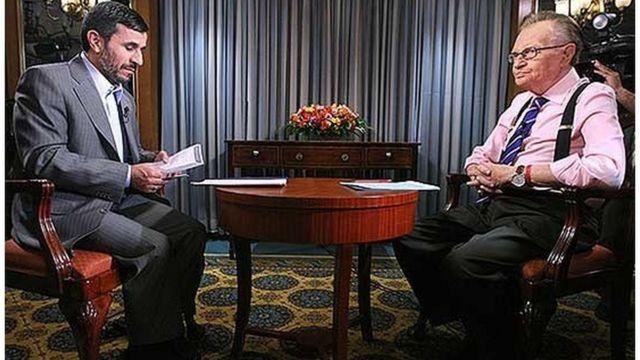 لری کینگ با محمود احمدی نژاد هم مصاحبه کرده بود