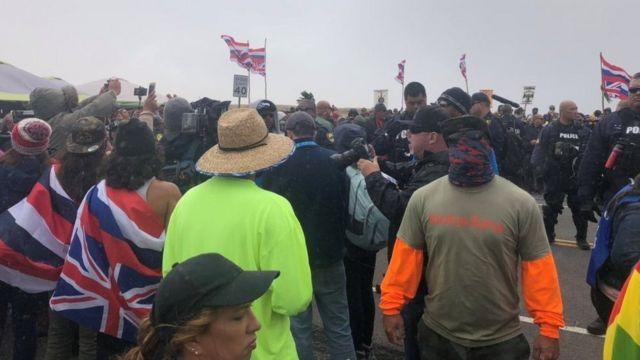 Демонстранти на Мауни Кеа тврде да неће одустати док се ТМТ не заустави