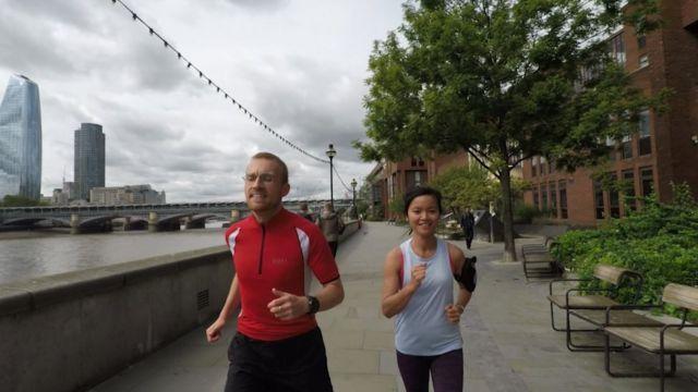 Hiền Trang thường đi chạy dọc sông Thames trong giờ nghỉ trưa