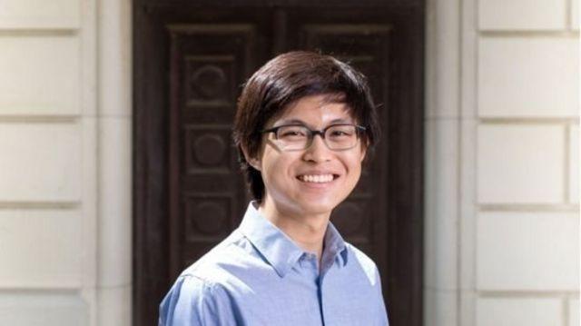 นักศึกษาวิจัยระดับปริญญาเอก Ewin Tang สามารถสร้างอัลกอริทึมที่ทำให้คอมพิวเตอร์ธรรมดาคิดแก้ปัญหาได้เร็วเท่ากับควอนตัมคอมพิวเตอร์